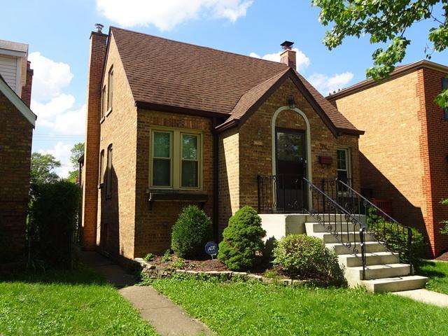 3134 Elm Avenue, Brookfield, IL 60513 (MLS #10112779) :: The Dena Furlow Team - Keller Williams Realty