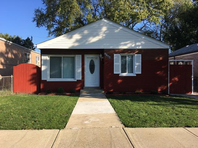 2144 W 72nd Place, Chicago, IL 60636 (MLS #10112909) :: The Dena Furlow Team - Keller Williams Realty