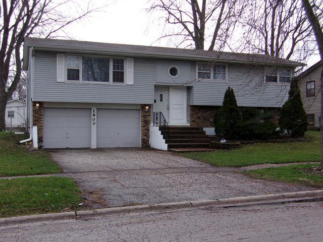 1900 219th Place, Sauk Village, IL 60411 (MLS #10113130) :: The Dena Furlow Team - Keller Williams Realty