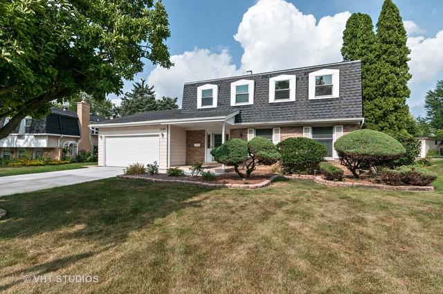 1535 Briarcliffe Boulevard, Wheaton, IL 60189 (MLS #10113958) :: The Wexler Group at Keller Williams Preferred Realty