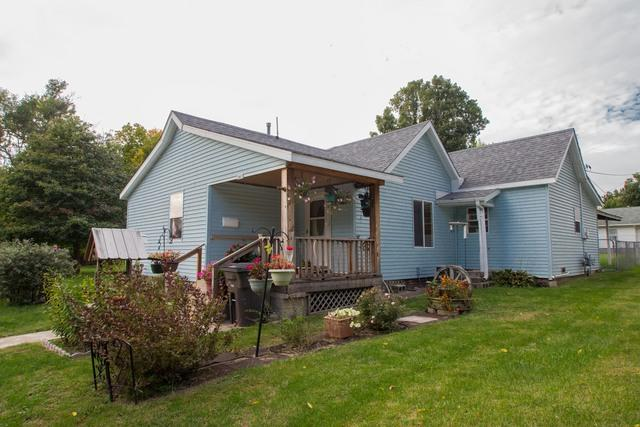 1017 Grove Street, Danville, IL 61832 (MLS #10114592) :: Ani Real Estate