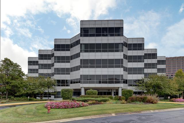 1 Transam Plaza Drive, Oakbrook Terrace, IL 60181 (MLS #10114610) :: Baz Realty Network | Keller Williams Preferred Realty