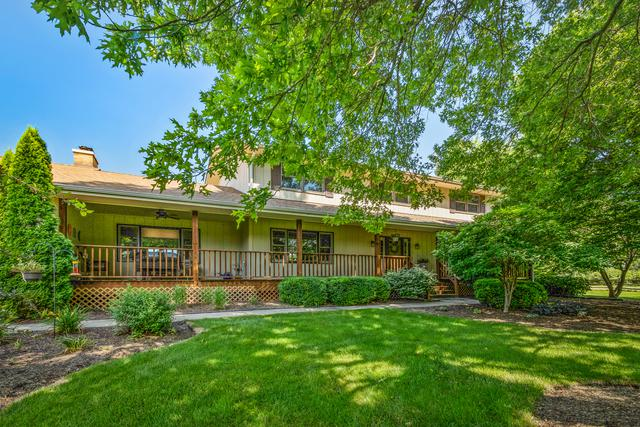 6N454 Clydesdale Court, St. Charles, IL 60175 (MLS #10114647) :: The Wexler Group at Keller Williams Preferred Realty