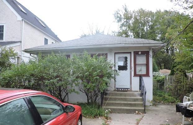 332 Adams Avenue, Glencoe, IL 60022 (MLS #10114902) :: The Dena Furlow Team - Keller Williams Realty