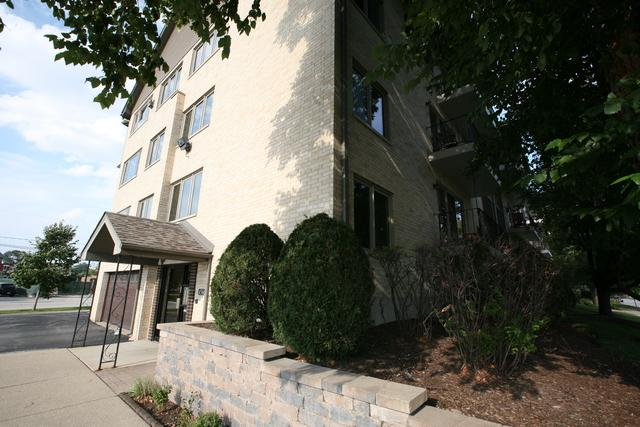 4560 W 93rd Street 2A, Oak Lawn, IL 60453 (MLS #10114980) :: The Wexler Group at Keller Williams Preferred Realty