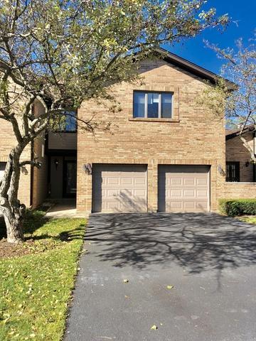1682 Pebble Beach Drive, Hoffman Estates, IL 60169 (MLS #10115118) :: Domain Realty