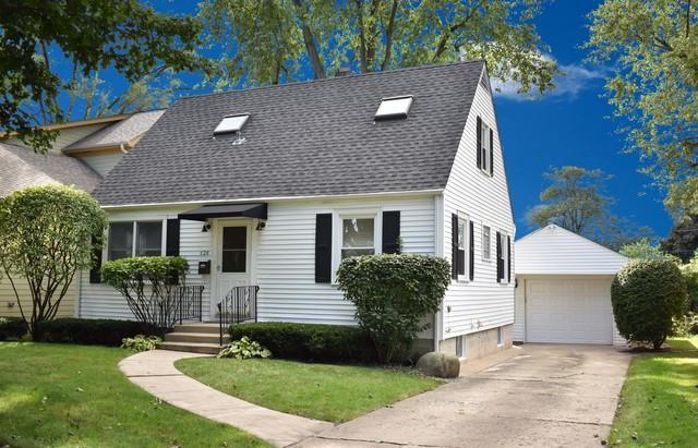828 N Ridge Avenue, Arlington Heights, IL 60004 (MLS #10115193) :: The Wexler Group at Keller Williams Preferred Realty