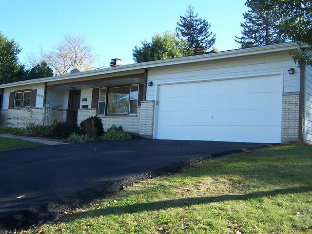 4509 Ashley Drive, Mchenry, IL 60050 (MLS #10115197) :: Littlefield Group