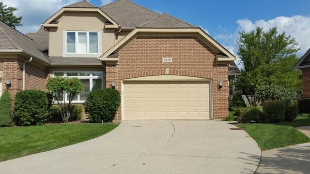 2539 Windrush Lane, Northbrook, IL 60062 (MLS #10115833) :: The Spaniak Team
