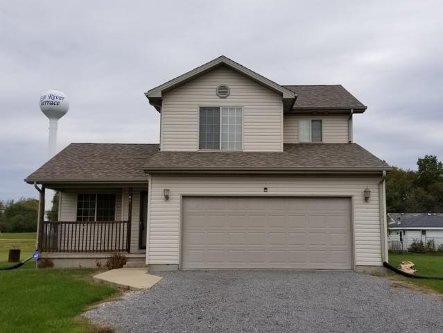 7251 E Illinois Street, St. Anne, IL 60964 (MLS #10116419) :: Ani Real Estate