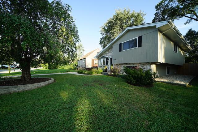 106 Red Oak Street, Bensenville, IL 60106 (MLS #10116569) :: The Dena Furlow Team - Keller Williams Realty