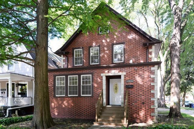 2026 Sherman Avenue, Evanston, IL 60201 (MLS #10116657) :: The Dena Furlow Team - Keller Williams Realty