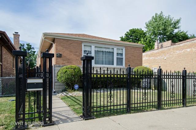 2654 W Pratt Boulevard, Chicago, IL 60645 (MLS #10116684) :: The Dena Furlow Team - Keller Williams Realty