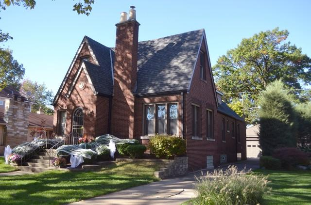 10622 S Hamilton Avenue, Chicago, IL 60643 (MLS #10116731) :: The Dena Furlow Team - Keller Williams Realty