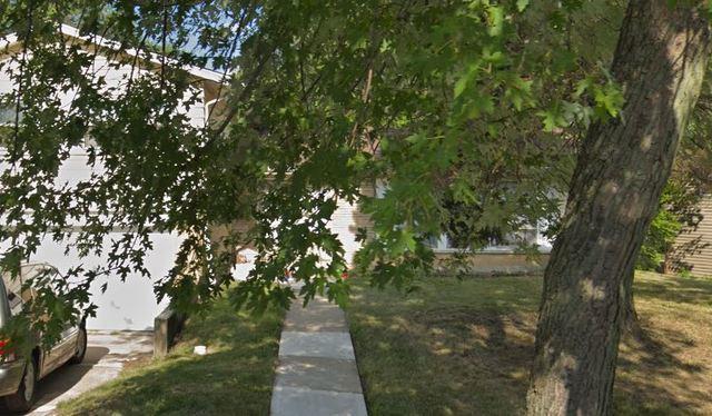 17708 Grandview Drive, Hazel Crest, IL 60429 (MLS #10116783) :: The Dena Furlow Team - Keller Williams Realty