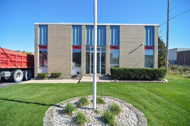 999 Confidential Avenue, Bensenville, IL 60106 (MLS #10117132) :: The Dena Furlow Team - Keller Williams Realty