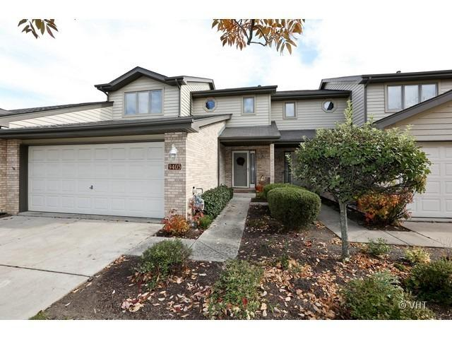 9405 Debbie Lane, Orland Park, IL 60467 (MLS #10117316) :: Century 21 Affiliated
