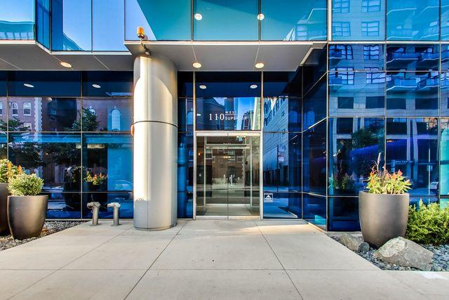 110 W Superior Street #1001, Chicago, IL 60654 (MLS #10117428) :: Property Consultants Realty