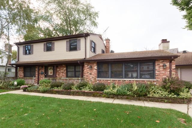 2305 Malik Court, Glenview, IL 60025 (MLS #10117510) :: The Spaniak Team