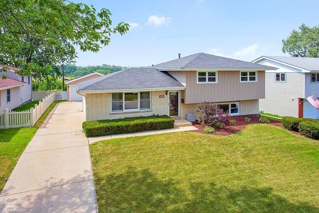15202 Hilltop Drive, Orland Park, IL 60462 (MLS #10117551) :: Baz Realty Network | Keller Williams Preferred Realty
