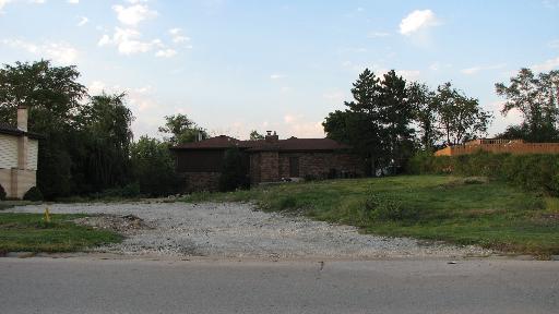 8316 W 91ST Street, Hickory Hills, IL 60457 (MLS #10117789) :: MKT Properties | Keller Williams