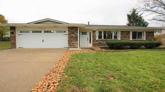6849 Eastside Avenue, Woodridge, IL 60517 (MLS #10117795) :: MKT Properties | Keller Williams