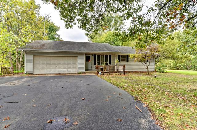 35828 Jay Drive, Custer Park, IL 60481 (MLS #10118672) :: Baz Realty Network | Keller Williams Preferred Realty