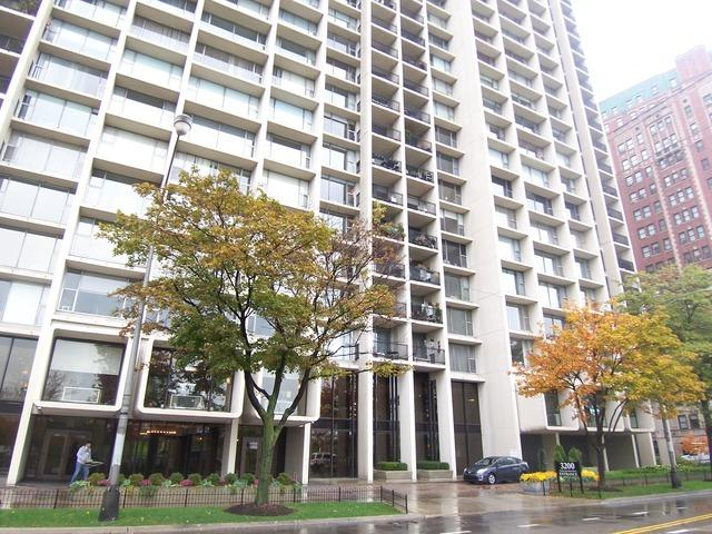 3200 N Lake Shore Drive #2901, Chicago, IL 60657 (MLS #10118691) :: The Perotti Group | Compass Real Estate