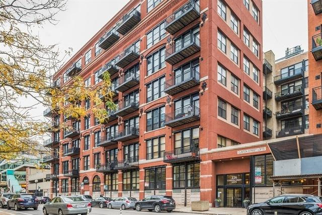 226 N Clinton Street #324, Chicago, IL 60661 (MLS #10119256) :: The Perotti Group | Compass Real Estate