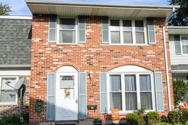 920 Miller Avenue, Streamwood, IL 60107 (MLS #10119489) :: The Dena Furlow Team - Keller Williams Realty