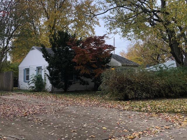 1711 Princeton Drive, Champaign, IL 61821 (MLS #10119542) :: Ryan Dallas Real Estate