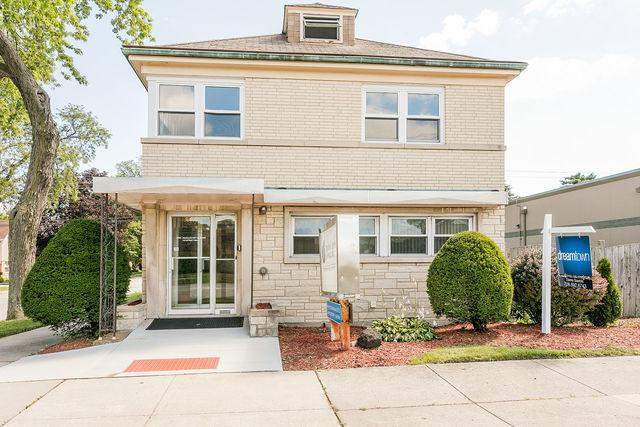 10535 Cermak Road, Westchester, IL 60154 (MLS #10119669) :: The Dena Furlow Team - Keller Williams Realty