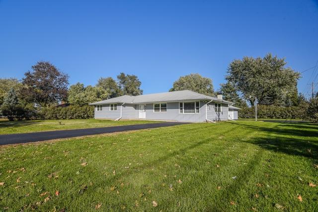 1 Pasadena Drive, Oswego, IL 60543 (MLS #10120092) :: Domain Realty