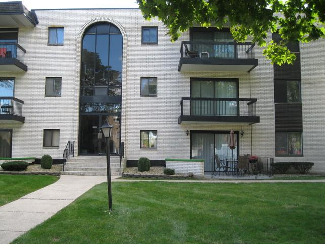 5715 129th Street 2A, Crestwood, IL 60418 (MLS #10120346) :: Leigh Marcus | @properties