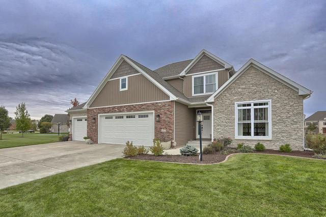 4711 Chestnut Grove Drive, Champaign, IL 61822 (MLS #10120825) :: Ryan Dallas Real Estate