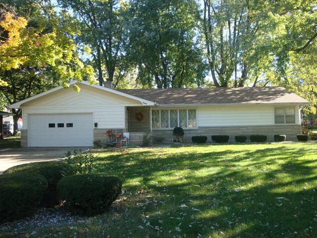 507 N Third Street, Cissna Park, IL 60924 (MLS #10120963) :: The Dena Furlow Team - Keller Williams Realty