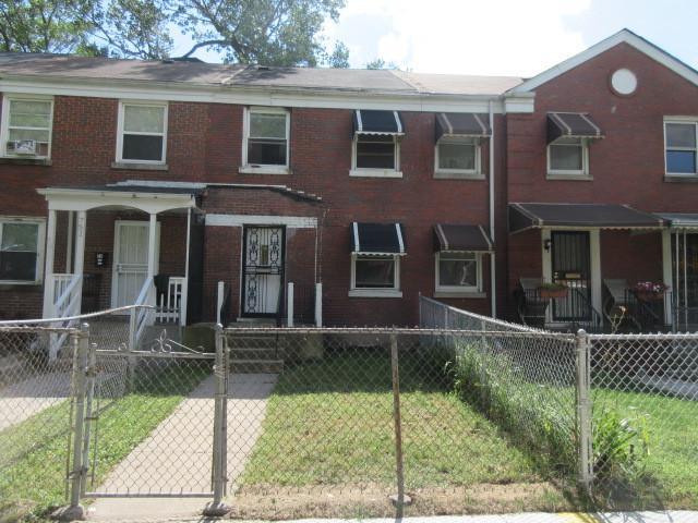 729 E 105th Place, Chicago, IL 60628 (MLS #10121092) :: Ani Real Estate