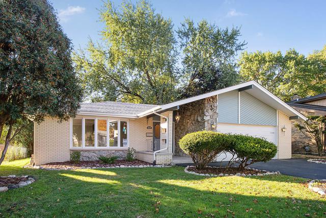 4135 Cedarwood Lane, Matteson, IL 60443 (MLS #10121546) :: Ani Real Estate
