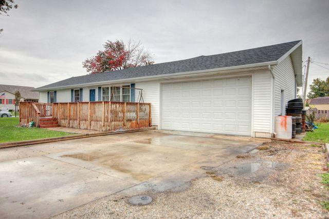 214 S West Street, GIFFORD, IL 61847 (MLS #10121757) :: Ani Real Estate