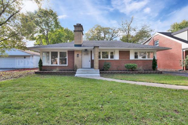 2044 Collett Lane, Flossmoor, IL 60422 (MLS #10121906) :: Leigh Marcus | @properties