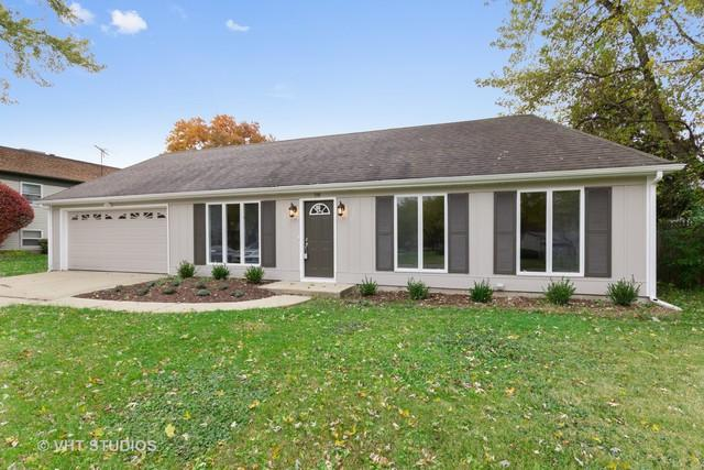 340 Boulder Hill Pass, Oswego, IL 60543 (MLS #10122525) :: Domain Realty