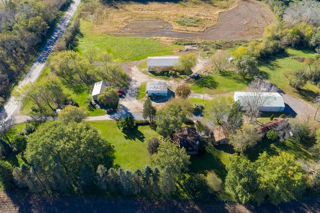4705 Roberts Road, Island Lake, IL 60042 (MLS #10122704) :: Ani Real Estate
