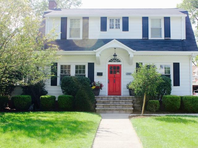 298 Northwood Road, Riverside, IL 60546 (MLS #10122749) :: Ani Real Estate