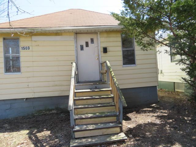 1503 Elizabeth Avenue, North Chicago, IL 60064 (MLS #10123354) :: Domain Realty