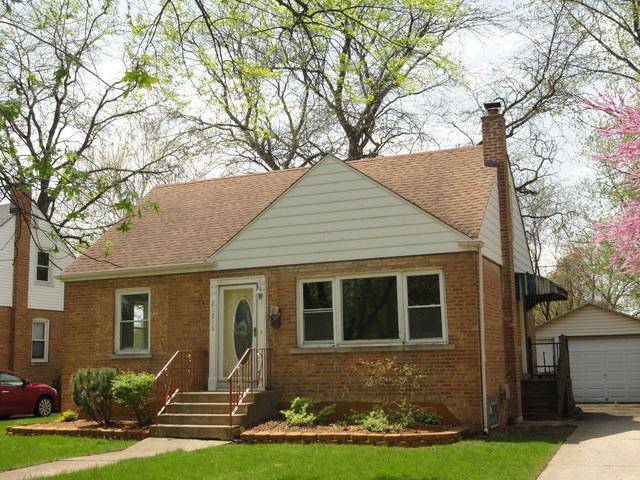 21216 Maple Street, Matteson, IL 60443 (MLS #10124175) :: Ani Real Estate