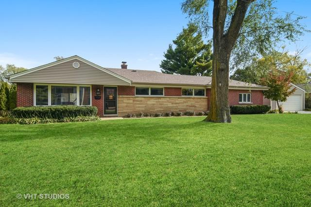805 Revere Road, Glenview, IL 60025 (MLS #10124572) :: Domain Realty