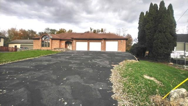 5609 Riverview Drive, Lisle, IL 60532 (MLS #10124888) :: Ani Real Estate