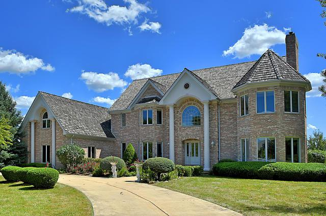 3 Red Ridge Circle, South Barrington, IL 60010 (MLS #10125477) :: The Jacobs Group