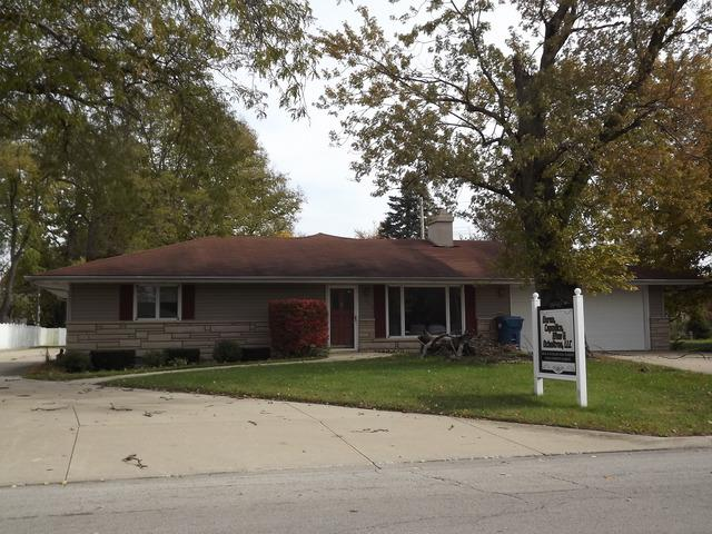 626 5th Street, Watseka, IL 60970 (MLS #10125776) :: The Spaniak Team
