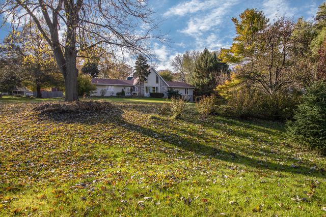 7647 Nan Drive, Roscoe, IL 61073 (MLS #10125800) :: Domain Realty